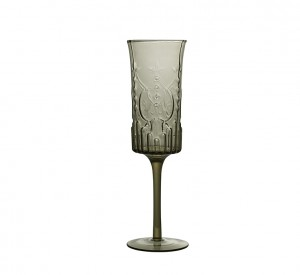 WHITEHOUSE_GLASSWARE_MARTHA_CHAMP_SMOKE